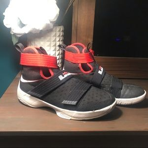 best sneakers dc5ea 5dac2 Youth black red Nike Lebron Soldier 10 X EUC